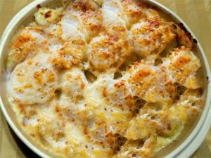 Potatoes And Eggs Au Gratin