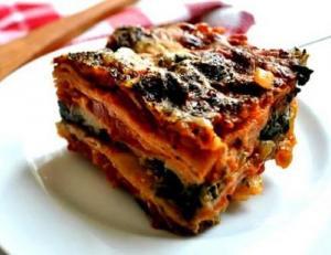 Mediterranean Spinach Lasagna