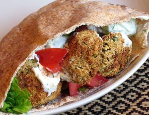 Know about the sauces to be served with falafel