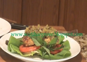 Barbecue Chicken Burger With Thai Spices