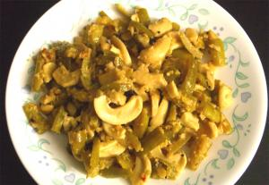 Tendle Bibbe Upkari (Tindora Cashew Fry)