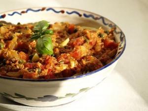 Pasta with Tuna, Peas, and Fresh Tomato