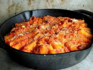 Rigatoni In Red Wine Sauce