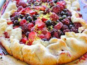 Mixed Berry Crostada