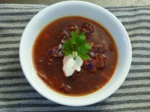 Easy beet borscht soup recipe