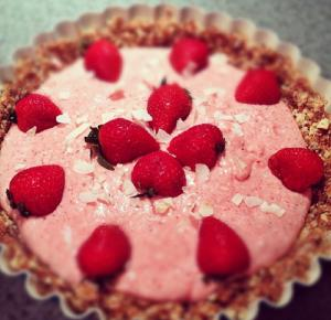 Strawberry Yogurt Torte