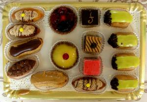 Petits Fours Frosting