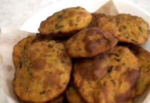 Methi Thepla or Dhebra-Fenugreek Leaves Bread
