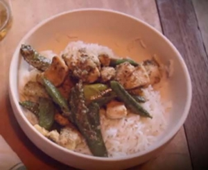 Green Thai Curry with Chicken and Bamboo Shoots