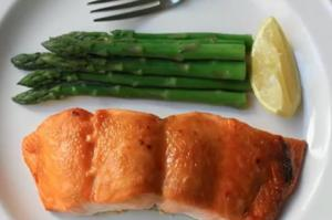 Miso Maple Glazed Broiled Salmon
