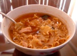 Spicy Tuna Noodles Soup