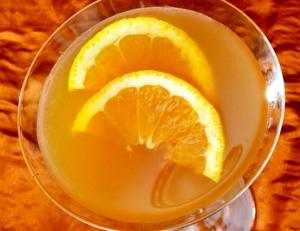 Fresh Lemon Champagne Cocktail