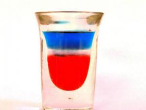 Red White and Blue Shooter Cocktail