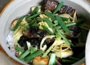 Black Beans Mackerel with Rice in Claypot