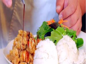 Hawaiian Grown Kitchen - Cajun Fish Jambalaya & Big Breakfast - Segment 2
