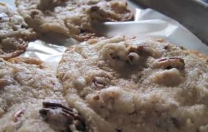 Simple Pecan Cookies