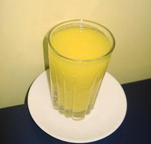 Mango And Pineapple Juice Drink
