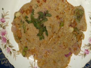 Homemade Healthy Onion Uttapam