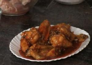 Chicken Wings in Sweet and Spicy Sauce