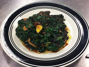 Spinach and Onions with Chef Avoir Chaud
