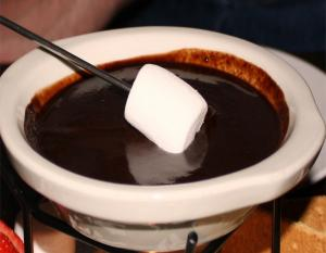 Cinnamon Chocolate Fondue