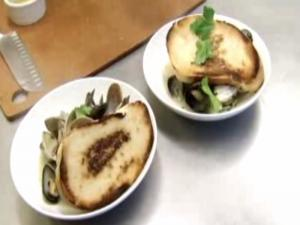 Mussels & Clams in Spicy White Wine Herb Broth