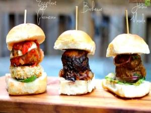 3 Yummy Meatball Sliders