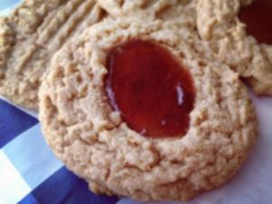 How to Bake Peanut Butter & Jelly Cookies