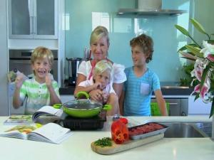 4 Ingredients, Kids in Colour, Kim McCosker, Cooking with Kim