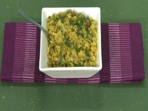 Mixed Sprouts Poha (Healthy Breakfast)