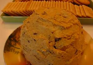 Super Bowl Appetizer Chicken Chutney Cheese Ball