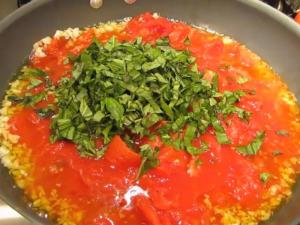 Farm to Table Series - Tomato Sauce Garlic and Basil