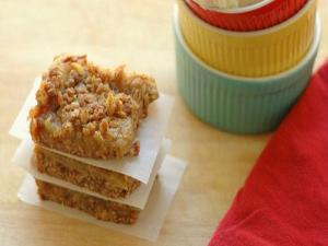 Spicy Raisin Bars