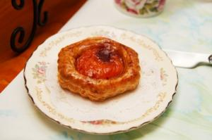 Apricot-Cheese Pastries