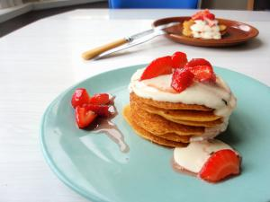 Cornmeal Griddlecakes with Smoked Salmon