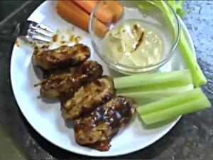 Thanksgiving Meatless Options Gardein BBQ Wings