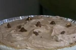 Quick Chocolate Almond Pie
