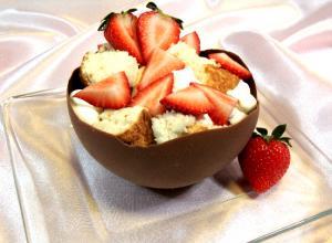 Angel Food Cake, Ermine Icing, and Chocolate Bowls