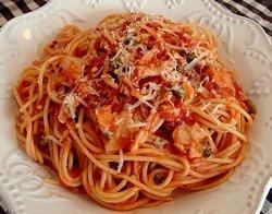 Spaghetti With Tomato Clam Sauce