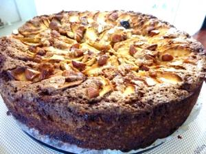 Raisin and Almond Cake