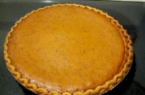 Homemade Halloween Pumpkin Pie