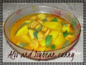 Aloo And Soybean Curry