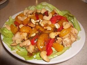 PEANUT BUTTER CHICKEN WITH MANDARIN CASHEW SALAD: