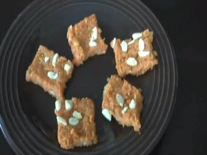 Carrot Burfi / Gajar Ki Burfi, Indian Dessert