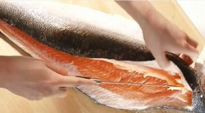 How To Fillet Salmon (Tesco Cooking Tip)