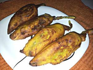 Spicy Crispy Mirchi Bajji (Chilli Fritters)
