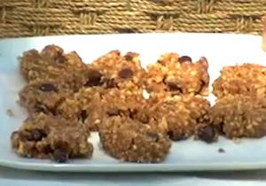 Organic And Raw Chocolate Chip Cookies
