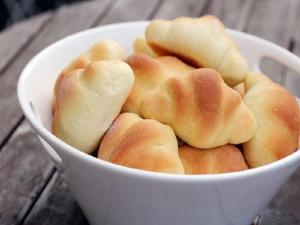 Crescent Roll Treats