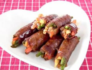 Korean-style Beef and Vegetable Rolls in Teriyaki Sauce
