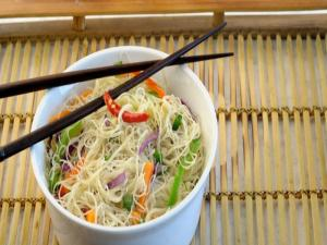 Singapore Rice Noodles by Tarla Dalal